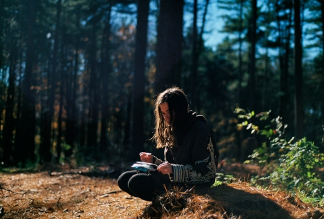 girl_writing_forest_unsplash